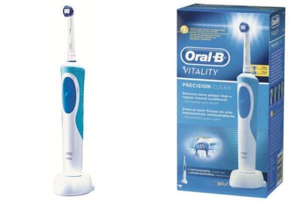 Cepillo Eléctrico Braun Oral-B Vitality Precision Clean